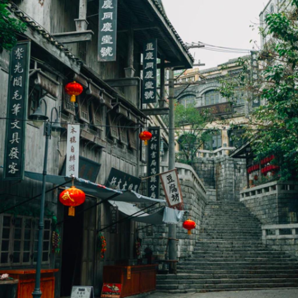 Guanlan Lake Huayi Feng Xiaogang Film Commune, Haikou, China